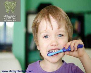 اسباب تسوس اسنان الاطفال وطرق الوقاية والعلاج في المنزل